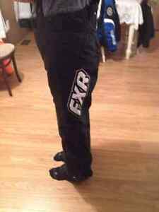 Skidoo pant only worn couple time.