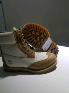 Brand New Timberlands boys Boot size 7