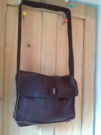 👝 beautiful M&S Autograph brown leather large messenger bag