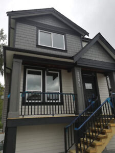 BRAND NEW 3 Bedroom House Upstairs-$2350