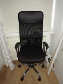 Office chair already assembled