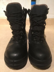 Men's Rocky Gore-Tex Boots Size 8 London Ontario image 5