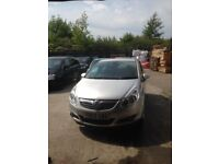 Vauxhall corsa 1.4 comes with mot in excellent cond