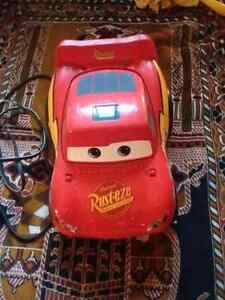 Lightning McQueen Cars radio and cd player.