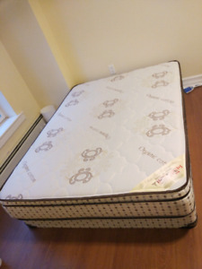 Double bed mattress and box