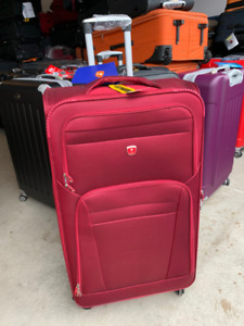 Large Suitcase Brand new Soft side 4 wheeler 32 Inch