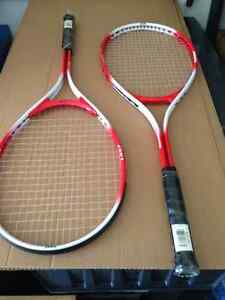 2 DOMINATOR 1327 TENNIS RACQUETS CHILD - PARKER PICKERS -