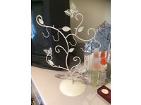 Cream metal jewellery tree