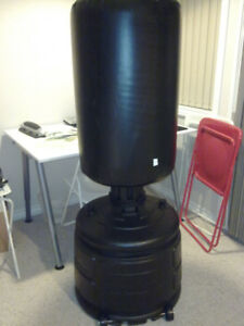 TKO free-standing heavy punching / boxing bag
