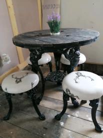 Rare britiania table 4 stools