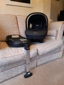 Silvercross car seat with isofix base