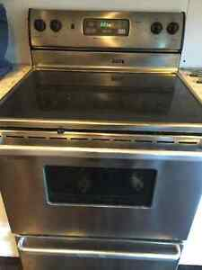 Majic Chef - Maytag - Electric Stove
