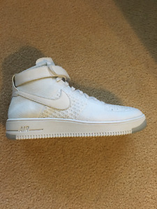 Air Force 1 Flyknit size 11