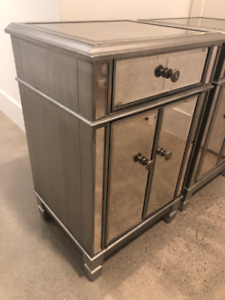 *PRICE REDUCED* Pier 1 Imports Mirrored Bedside / Side Table