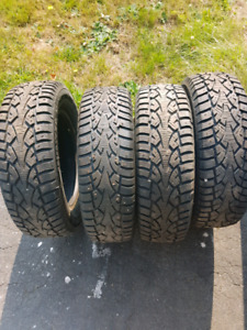 Selling A set (4) of Hercules HSI-1 Studded winter tires