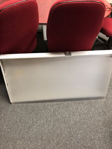 Fluorescent lights 2 X 4 ft $10 each delivery available