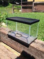 Tank for gecko with water tray-Orillia