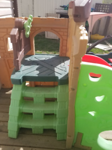 Outdoor Play Structure
