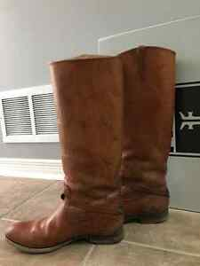 Frye Boots Lindsay Plate Size 9.5