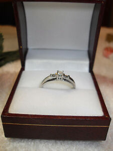 "10kt white gold ""Trinity"" Diamond Engagement Ring - Size 7"
