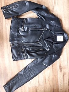 Women's faux leather jacket - small