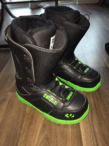 Only Worn 3 times! Thirty Two Boots Size 9 Mens