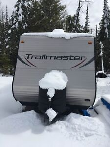 25Ft. Trailmaster 20QB