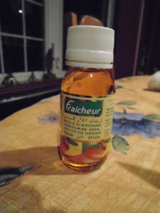 huile d argan provenant du Maroc 60 ml/ 2 oz. marque Fraicheur