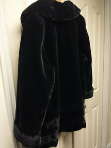 BLACK FAUX MOUTON SWING COAT SIZE XL
