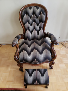 Antique Victorian Ladies Chair For Sale