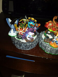like new skylanders figures and 2 portals wired & wireless Cambridge Kitchener Area image 5