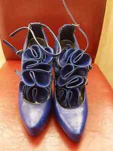 Brand name Dollhouse shoes $10