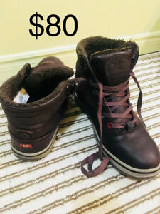 Boots for Men Pajar size 9-9,5 and Insulated boots size 7 GUC