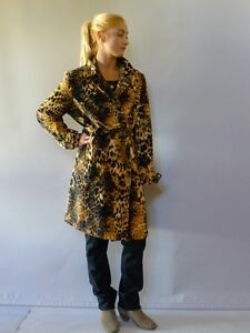 Perri cutten unused L 16 velvet double breasted womans coat leopard print