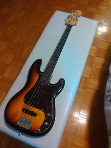 "Squier ""vintage modified"" precision bass"