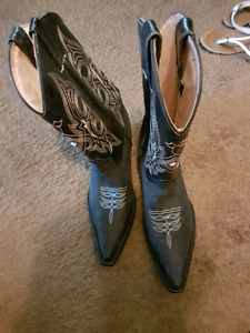 Cowboy leather  man boots
