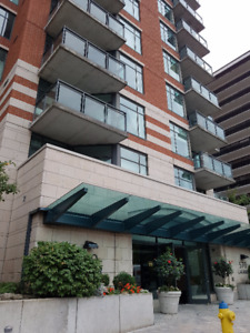 570 Laurier Ave W, 2 bed + 2 bath