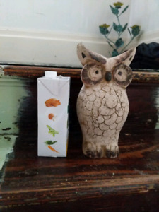 Owl statue/decoration - Clay