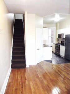 RENOVATED 4BEDROOM TOWNHOME - PERFECT 4 CARLETON STUDENTS