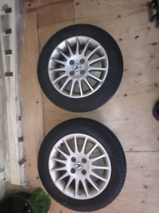 2 Acura tires alloy rims 185 65R16. Great condition