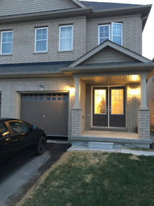 Brampton Semi Detached House on Lease from July 01 2018