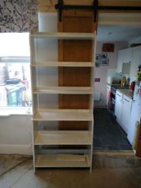 Free shelving unit