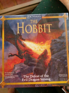 """The Hobbit - the defeat of the evil dragon smaug """"Brand New"""""""