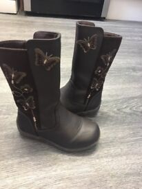 Kids Boots - size 7