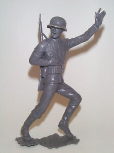 3- MARX 1963 6 INCH GERMAN SOLDIERS + 3 AMERICANS (6 in total)