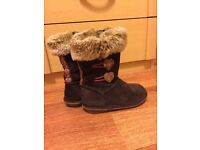 Clarks girls boots size 7.5G