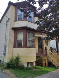 Downtown South End House Rental - 4 Bedroom 2 Full Bath