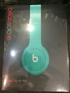 new sealed Authentic Beats by Dr. Dre Solo HD