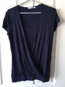 Vêtements allaitement small-medium