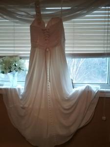 A lure wedding dress